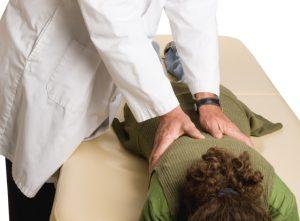 Chiropractor-adjustment-arthritis-pain-relief